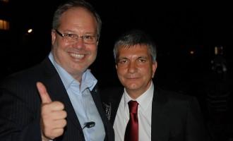 Michele Ficara Manganelli parla con Nichi Vendola di Internet e Digitale