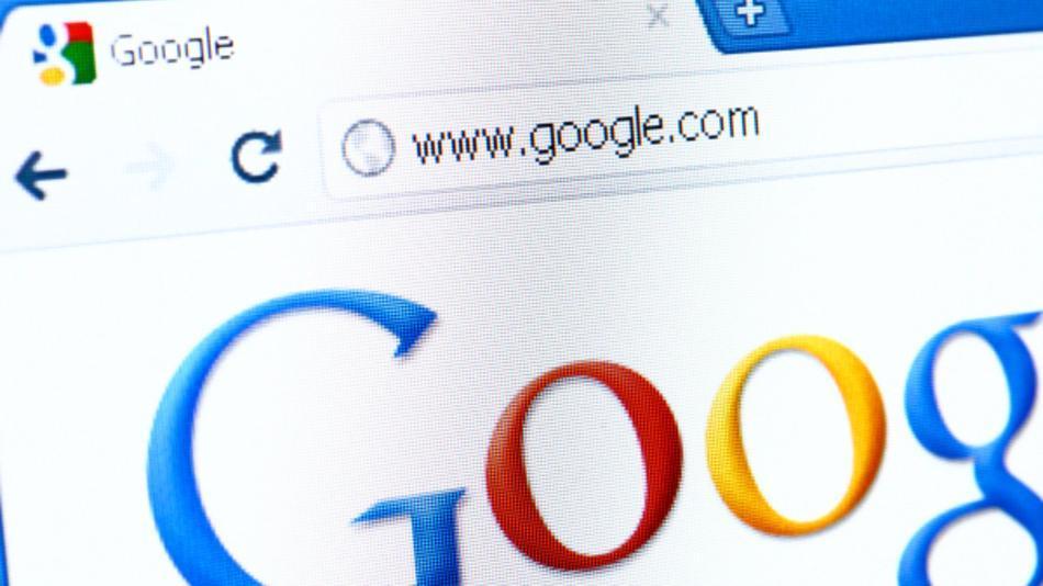 La denuncia per abuso di posizione dominante per Google in Europa: 11 internet company denunciano BigG all'Antitrust dell'Unione Europea ed Almunia indaga.