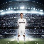 Arbeloa indossa la nuova maglia del Real Madrid