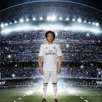 marcelo indossa la nuova maglia del Real Madrid